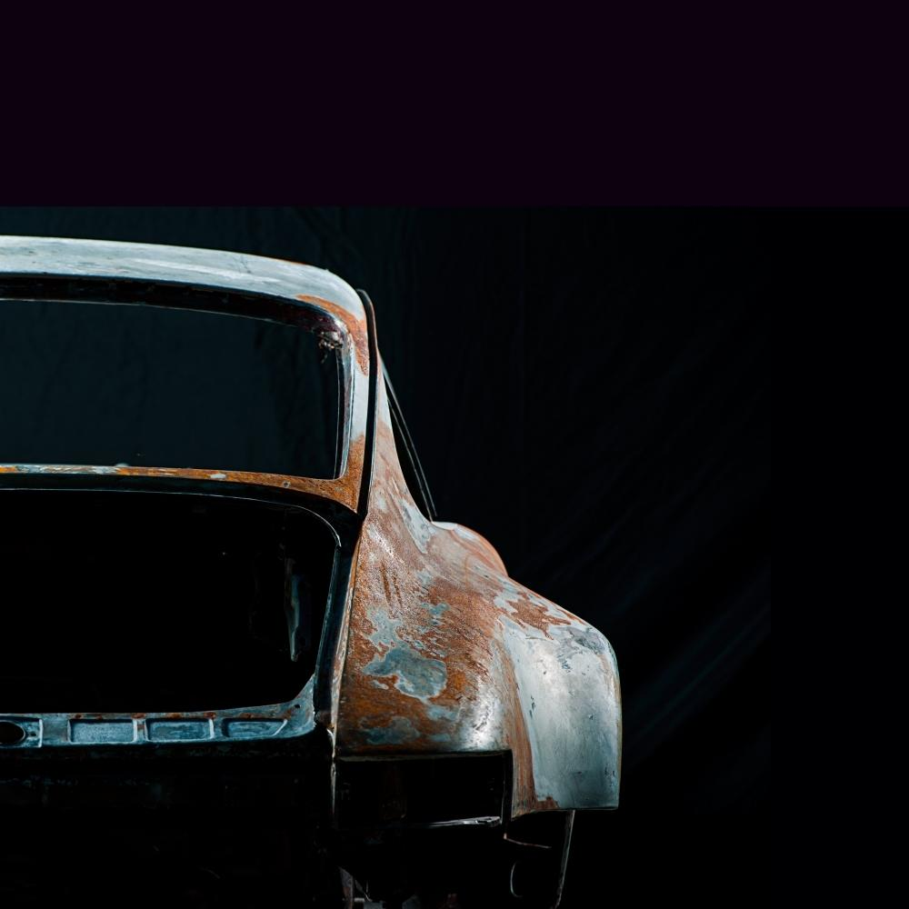 Photographs of deconstructed Porsche   Juan Fernando Ayora