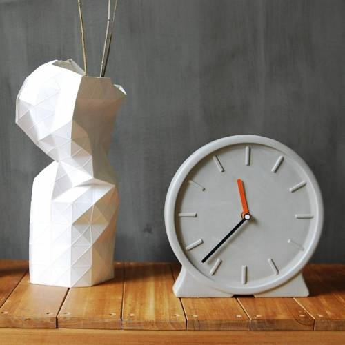 Concreto Clock