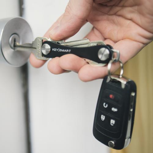 Keysmart Standard | Black | Aluminum Ultra Lightweight Key