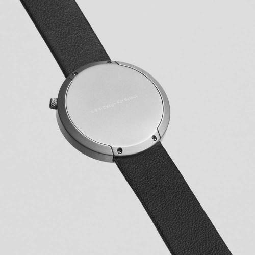 Facette 05 - An Iconic Watch Shape With Distinct Design Details
