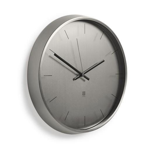 Meta Wall Clock  | Umbra